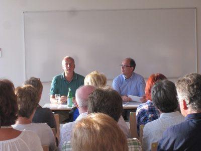 Zuhörer beim Vortrag