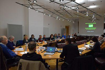 Wohnungsbaukonferenz im Sitzungssaal des Kreistags